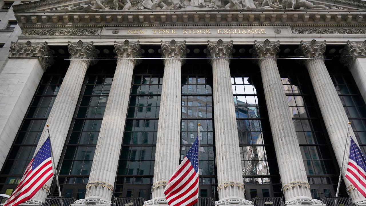 BMO Capital Markets Chief Investments strategist Brian Belski discusses the impact of stimulus relief on the markets and how the S&P 500 is shaping up for unprecedented earnings growth in 2021.
