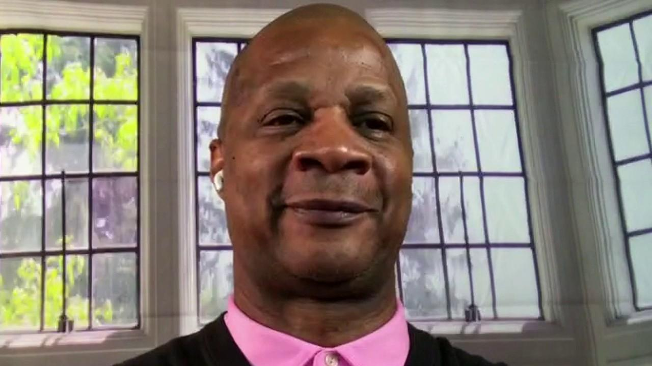 Retired baseball star Darryl Strawberry on his new book on 'how God transforms your life.'