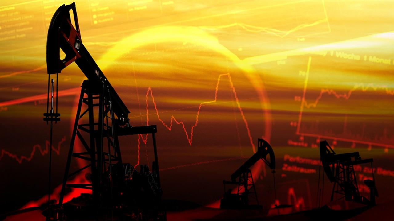 The Schork Group Principal Stephen Schork provides insight into the oil market and prices.